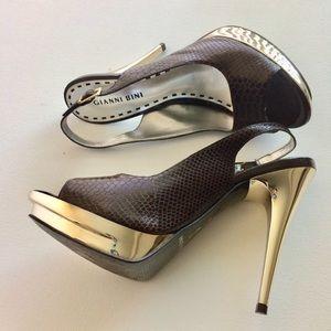 Gianni Bini Gold Snakeskin Platform Heels Size 8.5